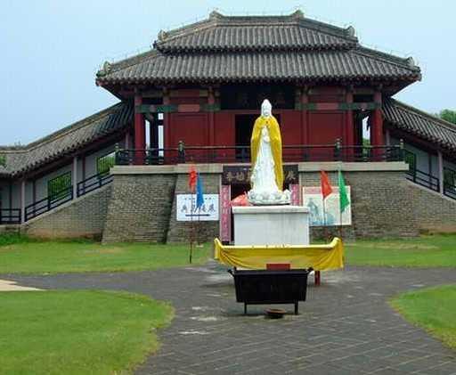 秦皇岛旅游之古建筑:孟姜女庙