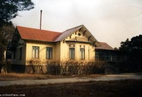 何香凝别墅       何香凝别墅是典型的中式砖木结构建筑图片